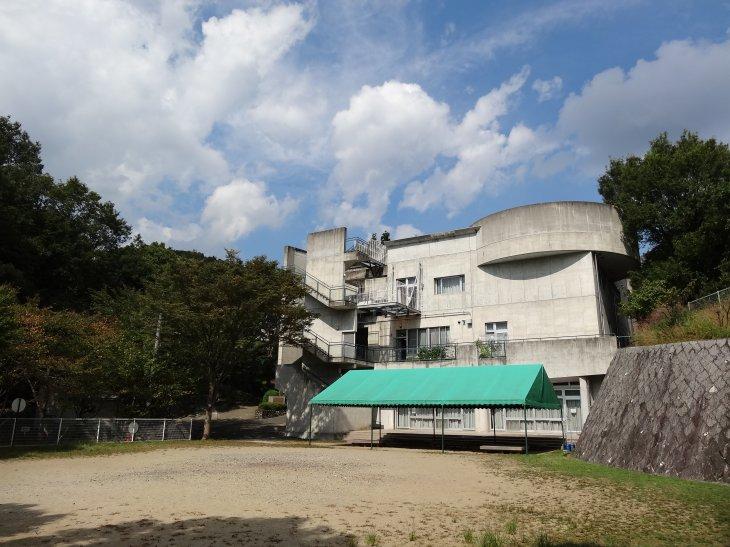 箕⾯市立⻘少年教学の森野外活動センター【休所中】